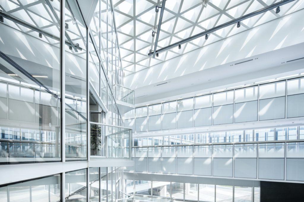 image de couverture pour l'article Investir dans des SCPI de commerces et de bureaux | SCPI INVEST